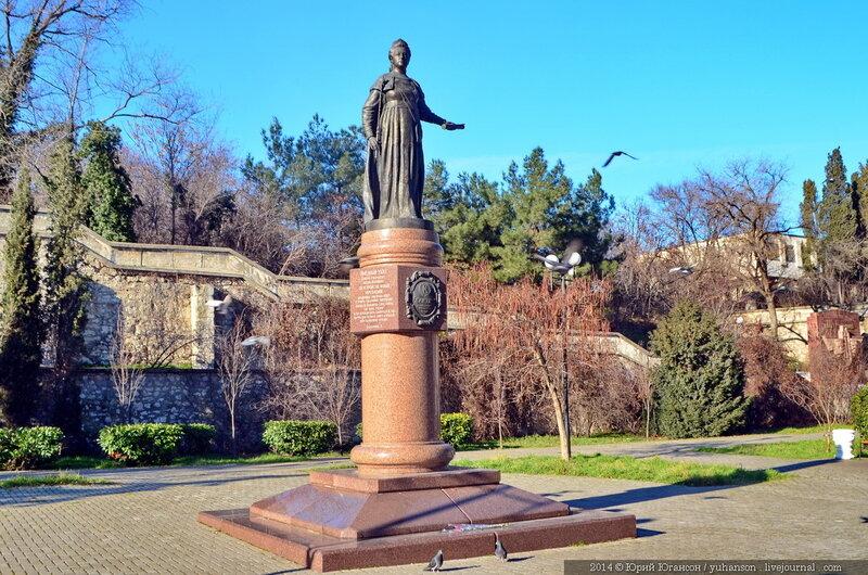 235 лет назад по указу Екатерины II порт и крепость в Крыму получили название Севастополь