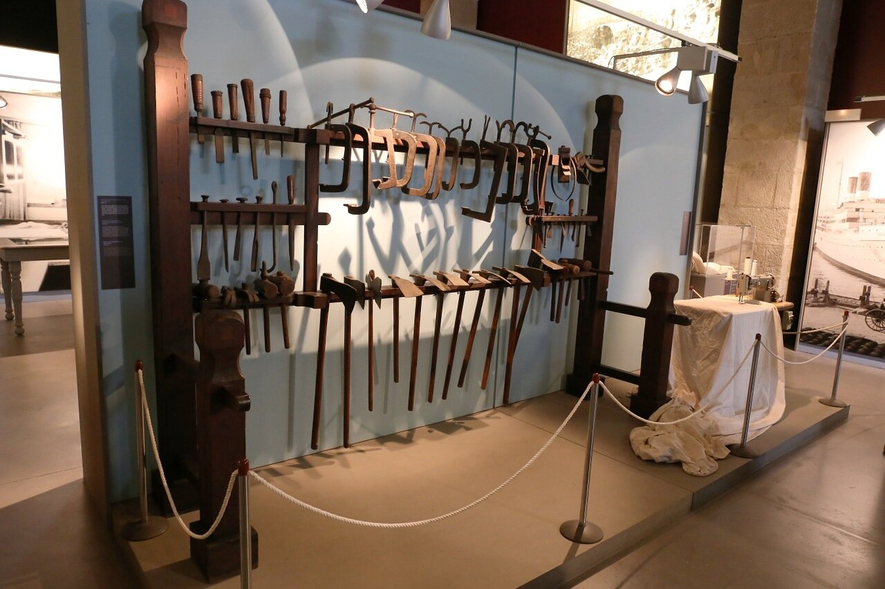 Морской музей Барселоны. Уголок корабельной мастерской