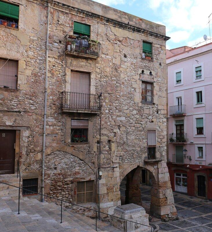 Таррагона. Ректорий. Соборная площадь. Pla de la Seu. Tarragona.  Rectory