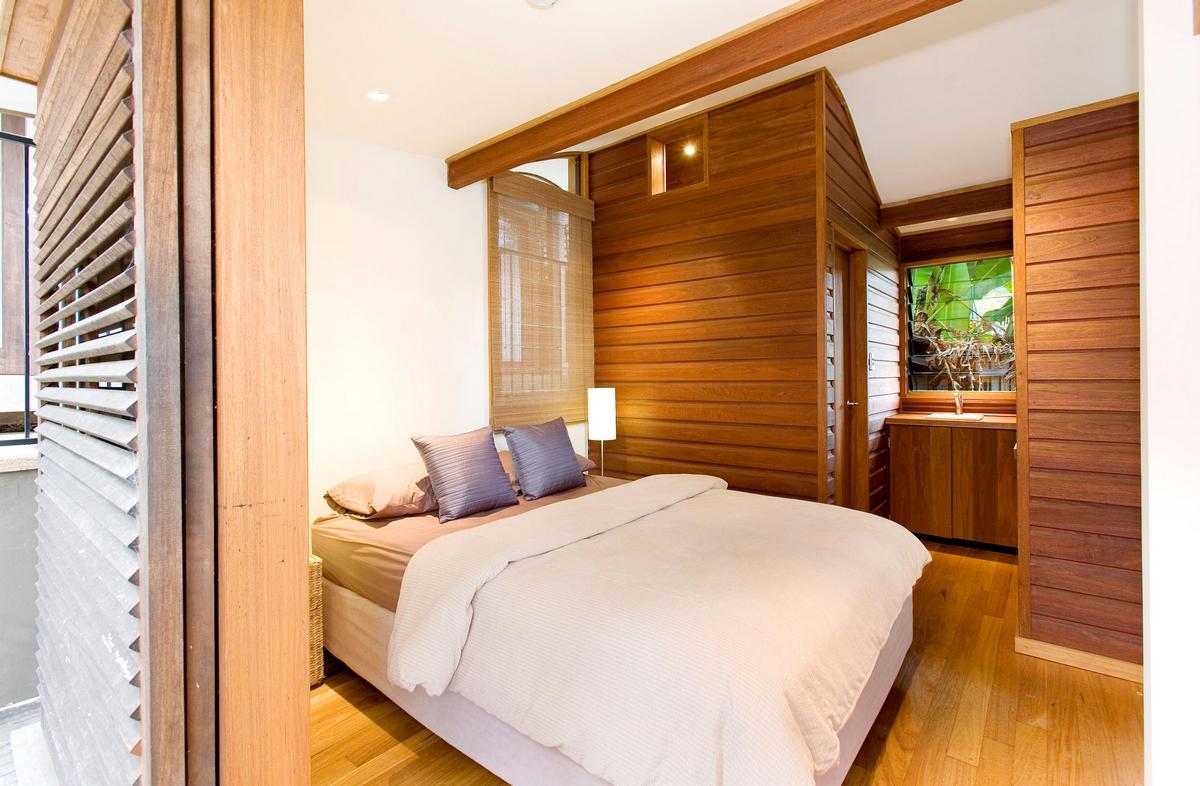 Архитектор Брюс Рикард, Bruce Rickard, Коттедж Пойнт в Сиднее, дома в пригороде Сиднея, современный деревянный дом, Treetops, купить дом в Австралии