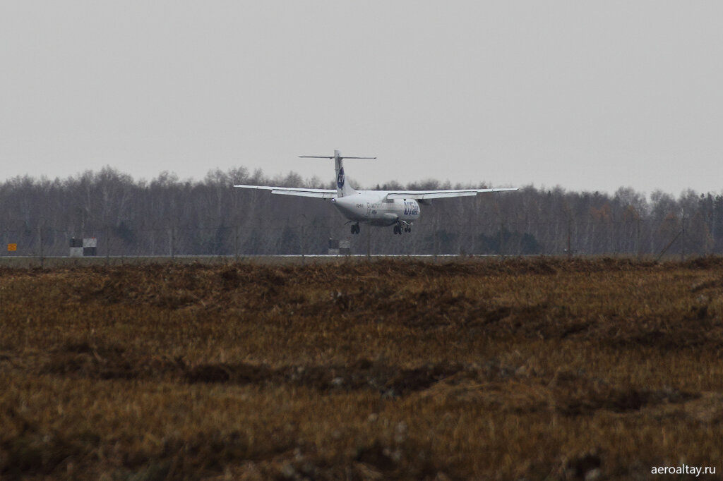 Компания Ютэйр выполнят рейс ЮТ 131 Томск-Барнаул