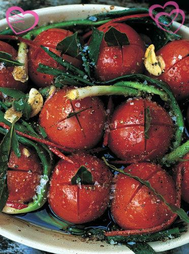 Рецепты ко дню св. Валентина от Джейми! Запеченные помидоры и салат из них
