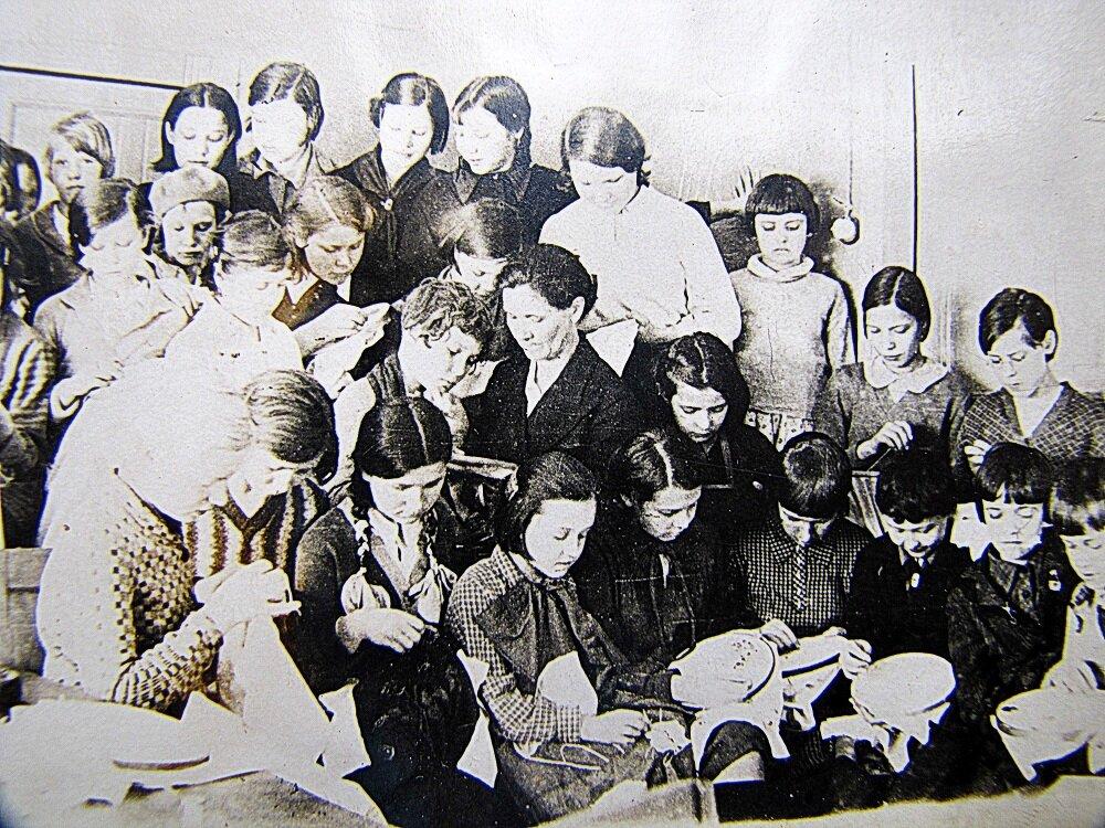 1930-е. Кружок рукоделия, Сормовский дворец пионеров
