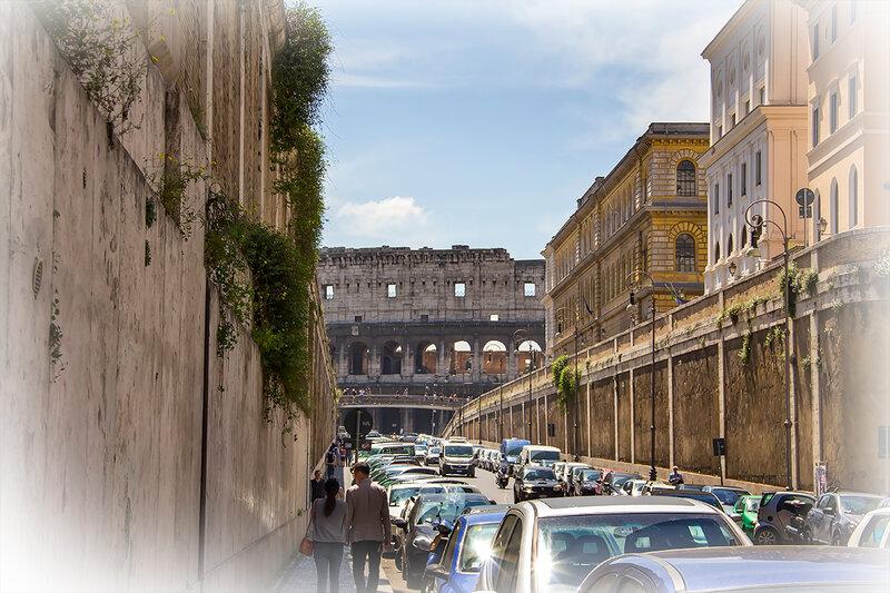 Впереди - Колизей...
