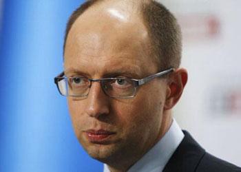 Арсений Яценюк заявил, что конфликт с РФ перешел в военную стадию