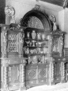 Буфет в особняке А.Л.Франка.