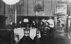 Собрание офицеров в казарме полка.