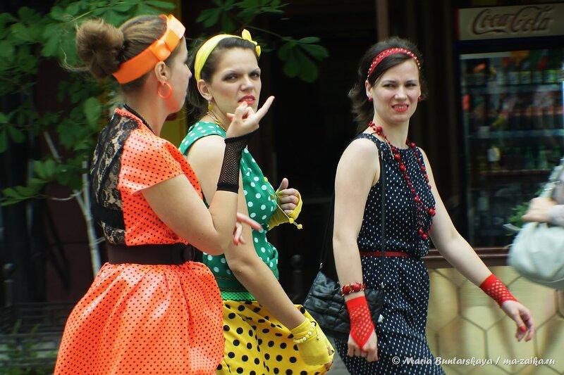 Чувихи модные, Саратов, проспект Кирова, 22 июня 2014 года