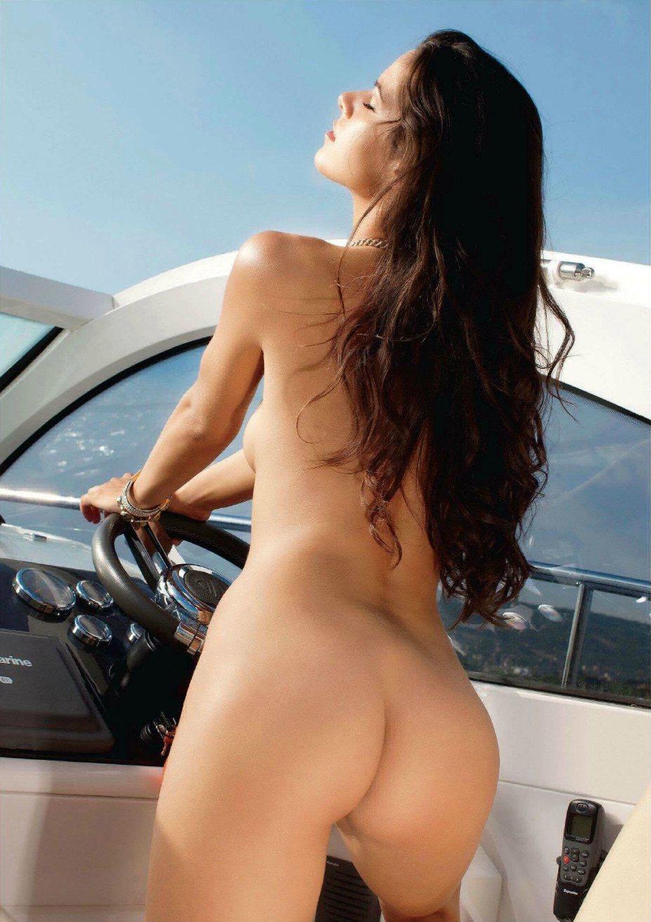Лучшие попы журнала Playboy Special Collector's Edition   The Butt Issue january 2014 - Gigi (Венгрия)