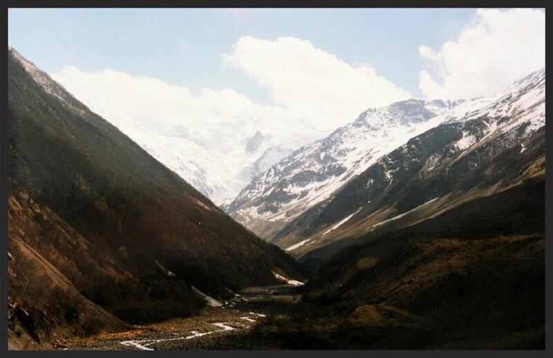 Геналдонское ущелье до схода ледника Колка. (Resize of IMG_0828.JPG)