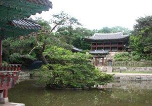 Чхандоккун - дворец династии Чосон