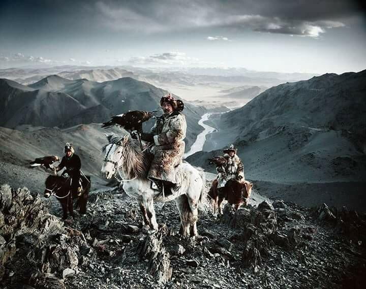 Фотографии самых необычных народов Земли 0 11b4dd 53ab0bfe XL