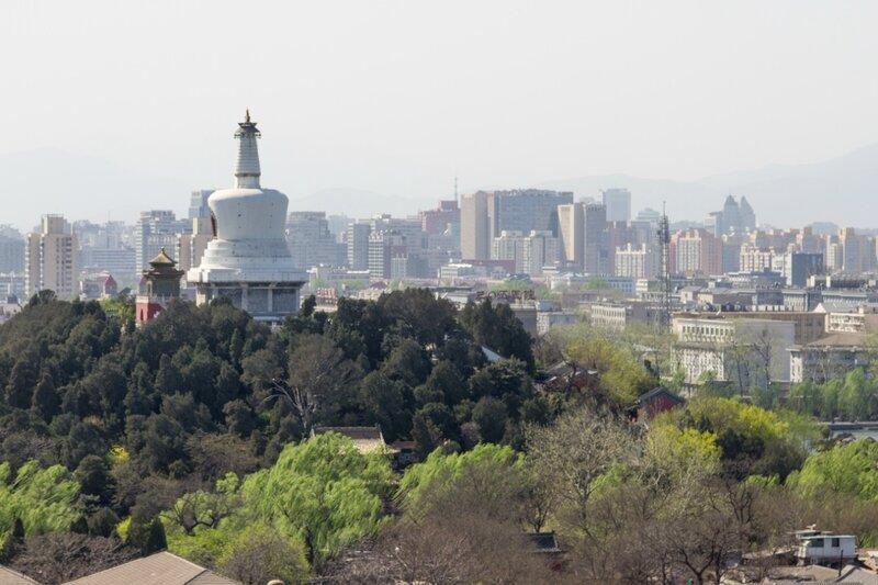 Белая дагоба в парке Бэйхай, Парк Цзиншань, Пекин