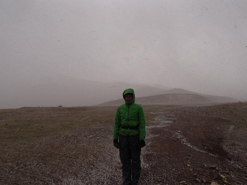 снежная буря весной во внутренней монголии