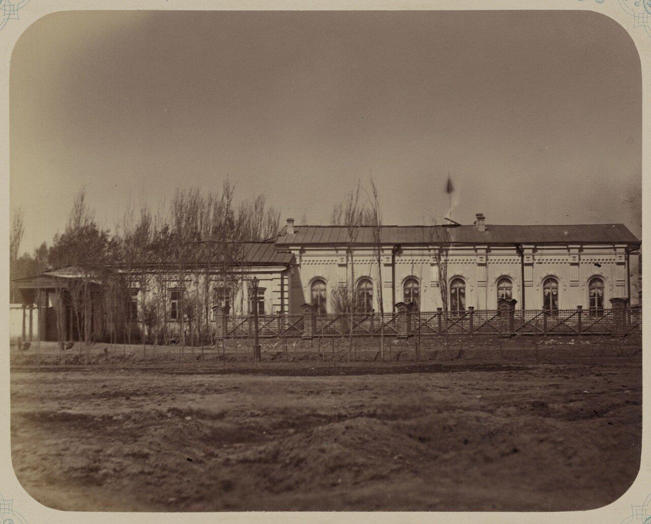Дом генерал-губернатора. Передняя часть