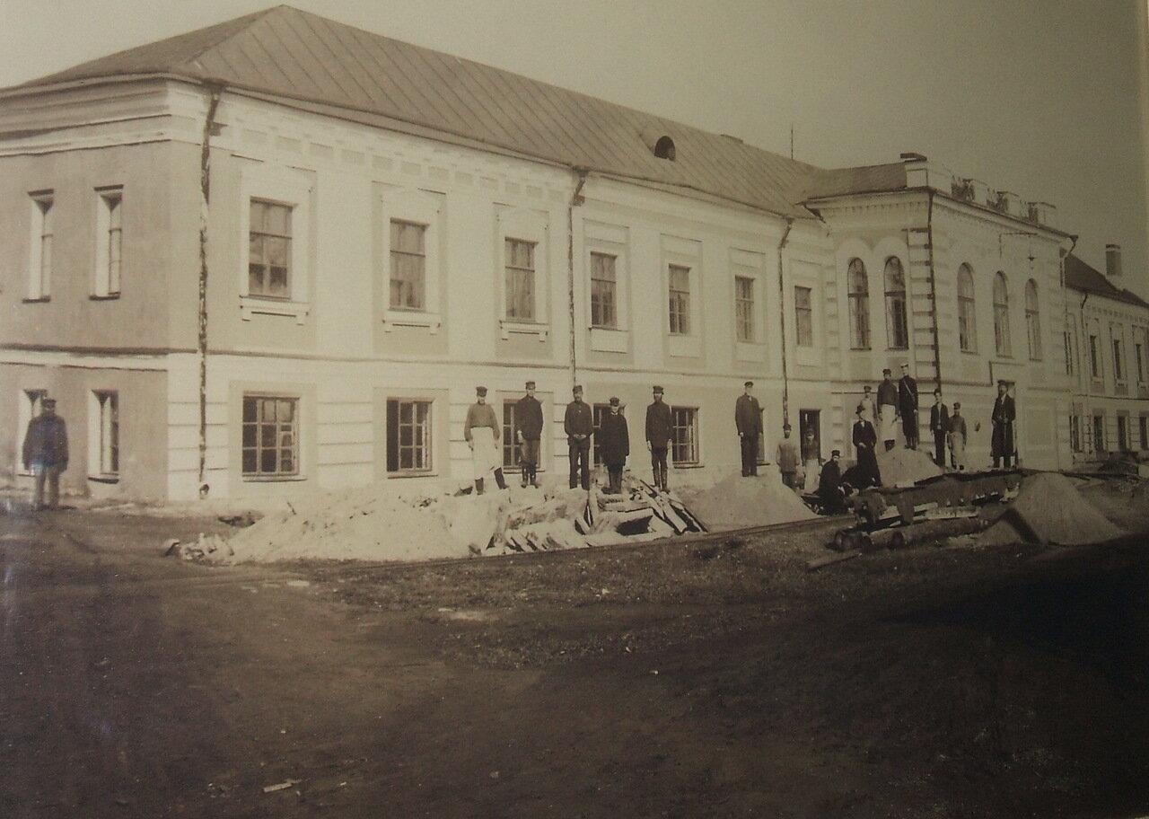 Оружейный завод. Здание приёмной комиссии