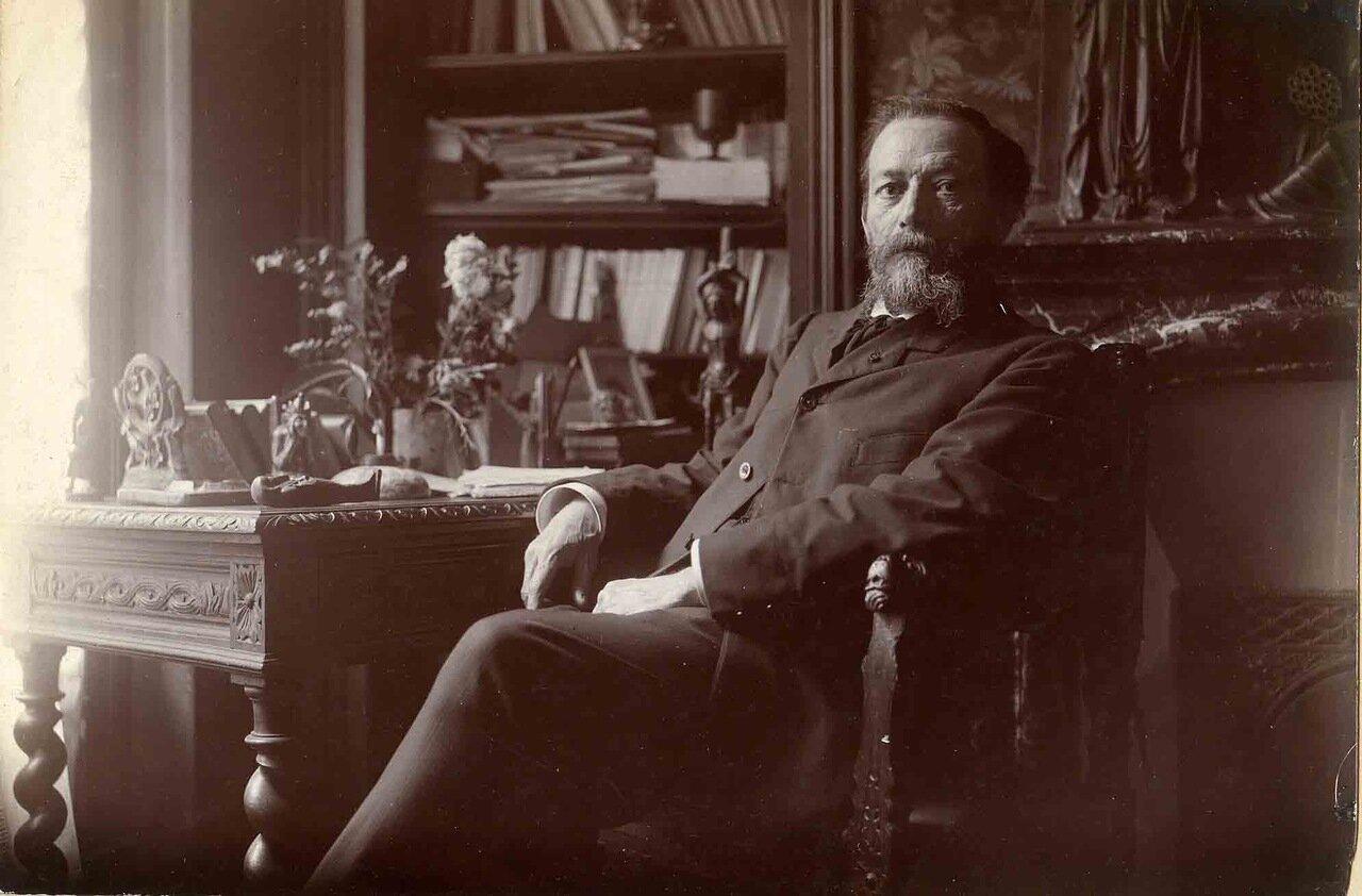 Жан Экар (1848—1921), французский писатель