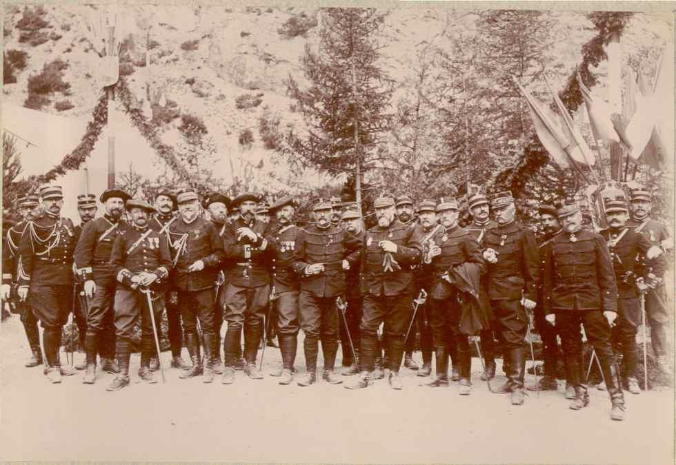 Офицеры 14-го корпуса после маневров