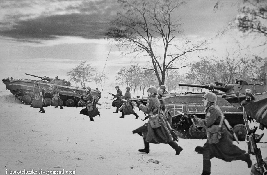 фото военных черно-белые