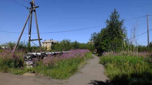 Фото города Инта №5499  Спортивная 81 и Восточная 84 06.08.2013_13:25