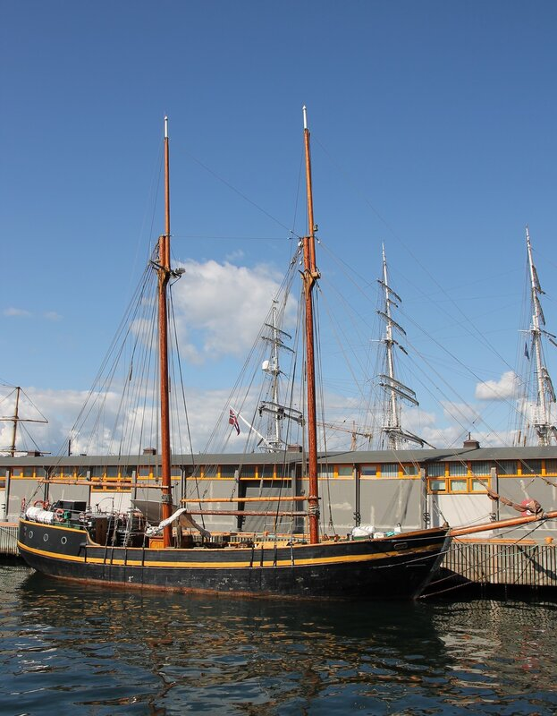 Sailing schooner, Harbour Pipervika, Oslo