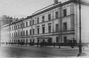 Фасад Главного здания казармы бригады.