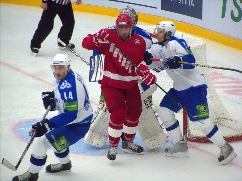 Витязь-Нефтехимик (Фото)