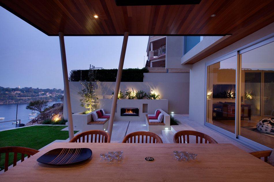 Декорация двора частного дома от Ritz Exterior Design