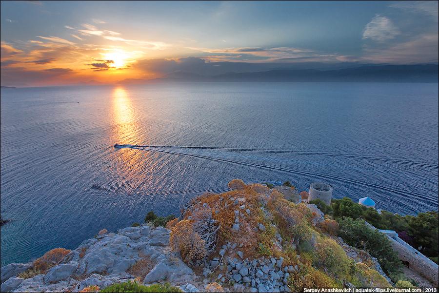 Закат на острове Идра