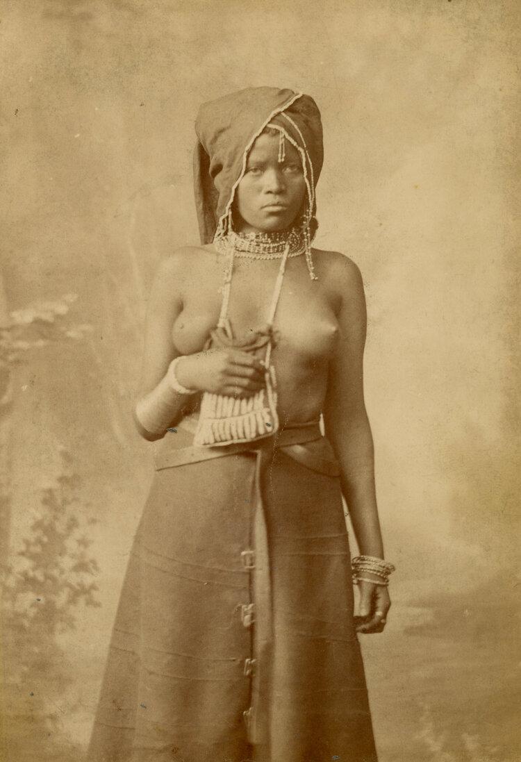 Женщина Фингу. Кейптаун, Южная Африка, в период между 1882 и 1888 годами