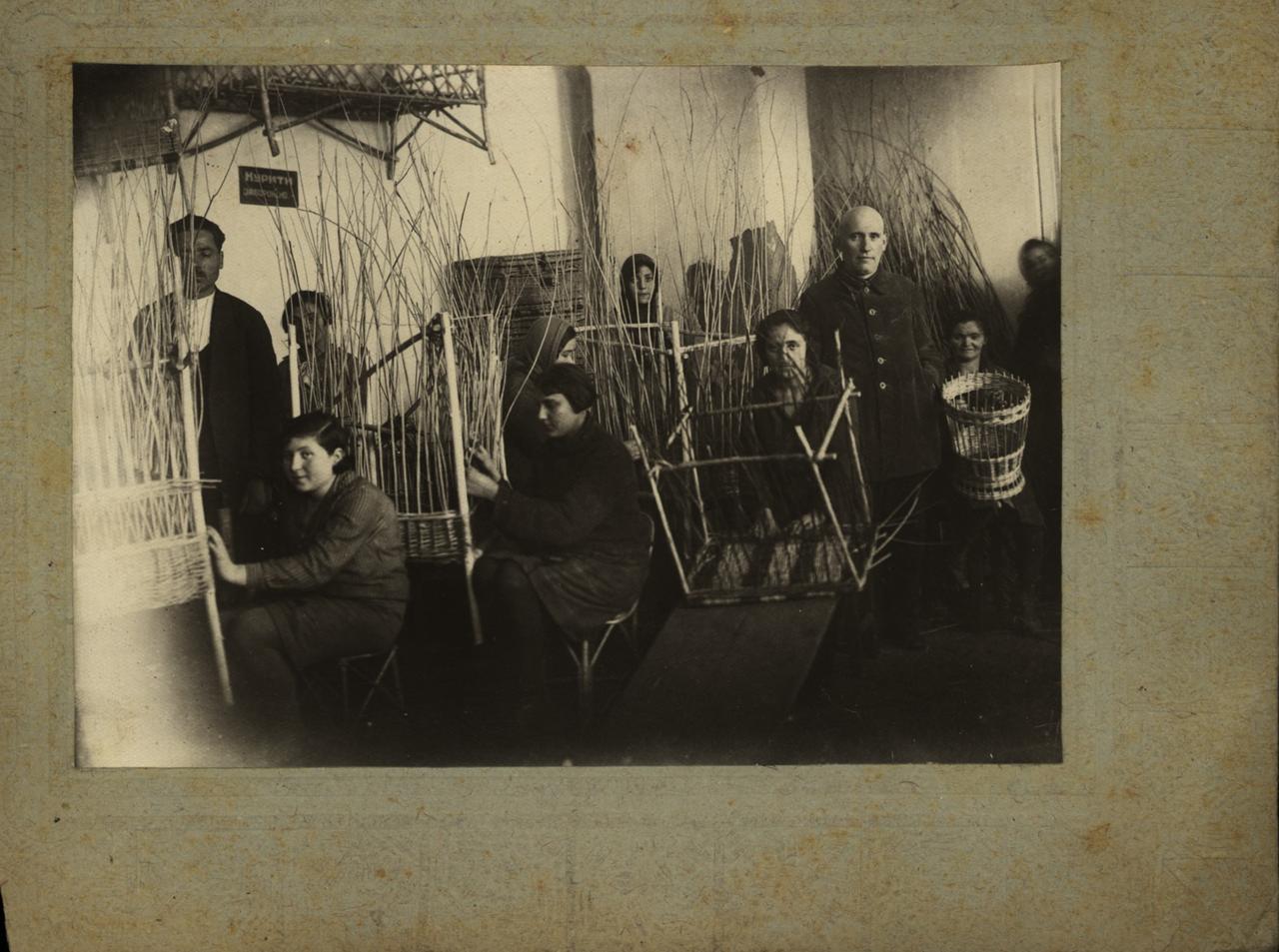 Артель лозоплетения общества «Допомога». Каменец-Подольский. 24.04.1931