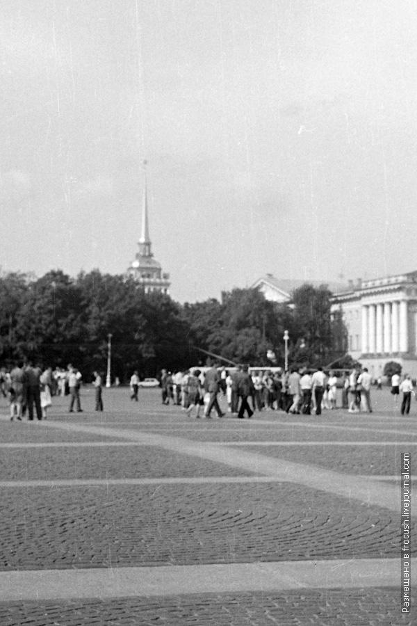 Дворцовая площадь 1985 год Ленинград