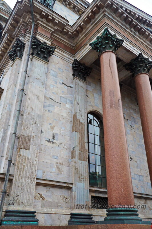 Колонны Исаакиевского собора (собор преподобного Исаакия Далматского), Санкт-Петербург