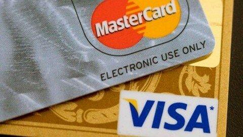 Россия может ввести собственную платежную систему вместо Visa и MasterCard