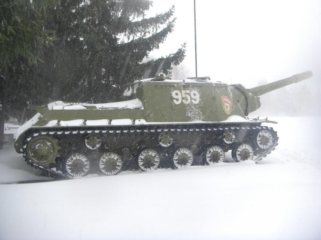 ИСУ-152 в профиль (26.04.2014)