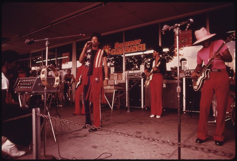 Негритянский квартал в Чикаго 1970 х годов 0 131c75 8db40c7b orig
