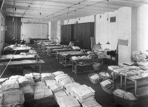 Общий вид рукодельной мастерской при тюрьме.