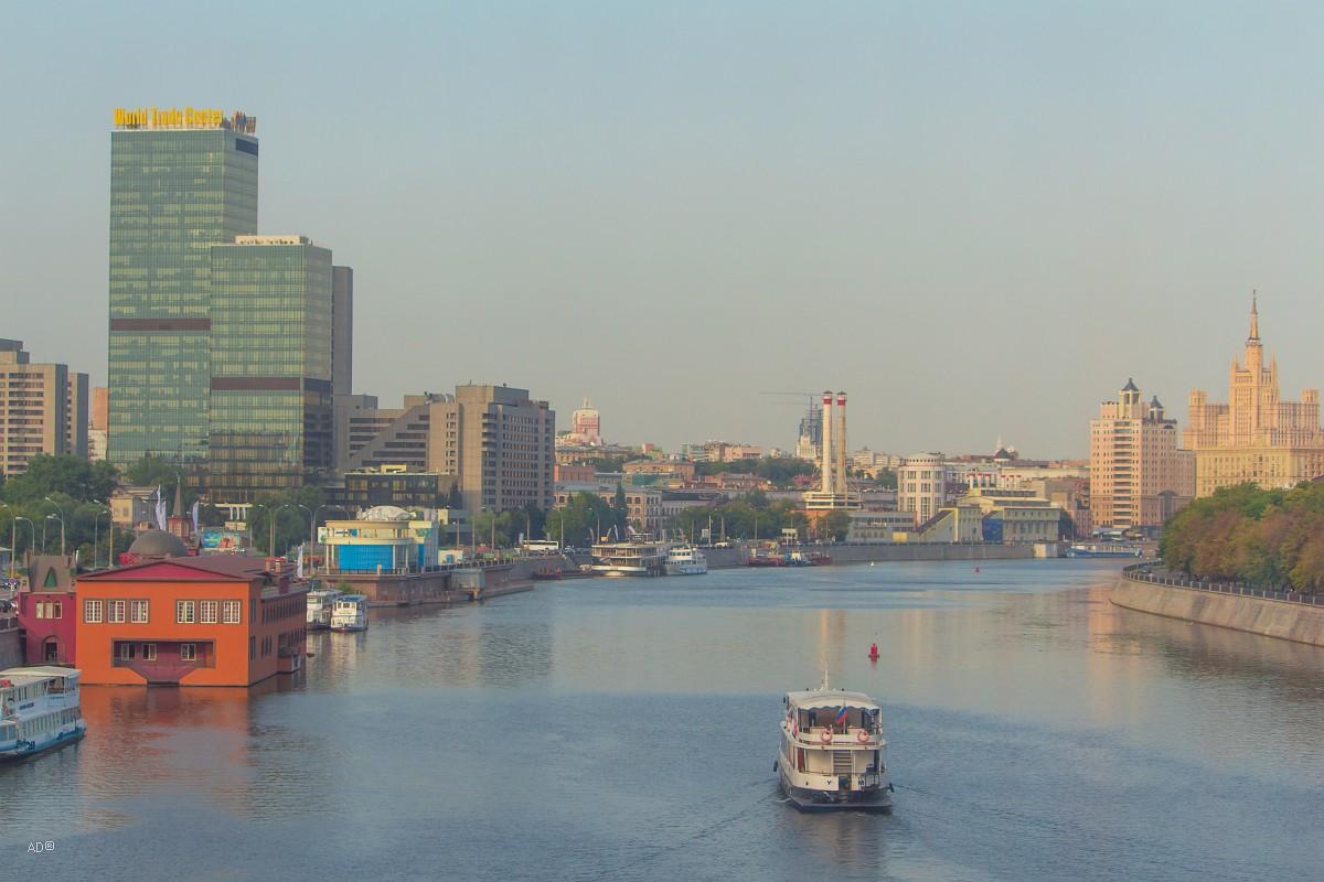 Вид на Москву-реку с Багратионского моста