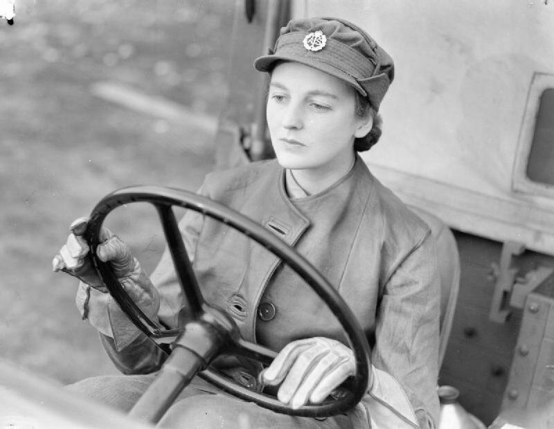 At_An_ATS_Motor_Transport_Company_Training_Centre,_Camberley,_Surrey,_1942_D11063.jpg