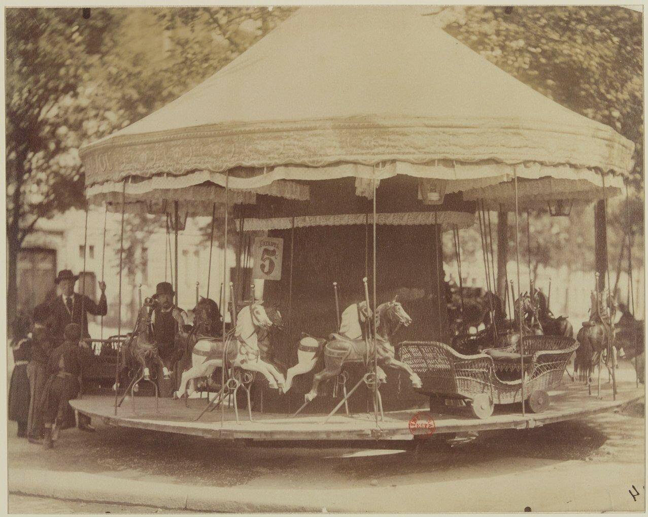 1900. Народные гулянья у Дома инвалидов