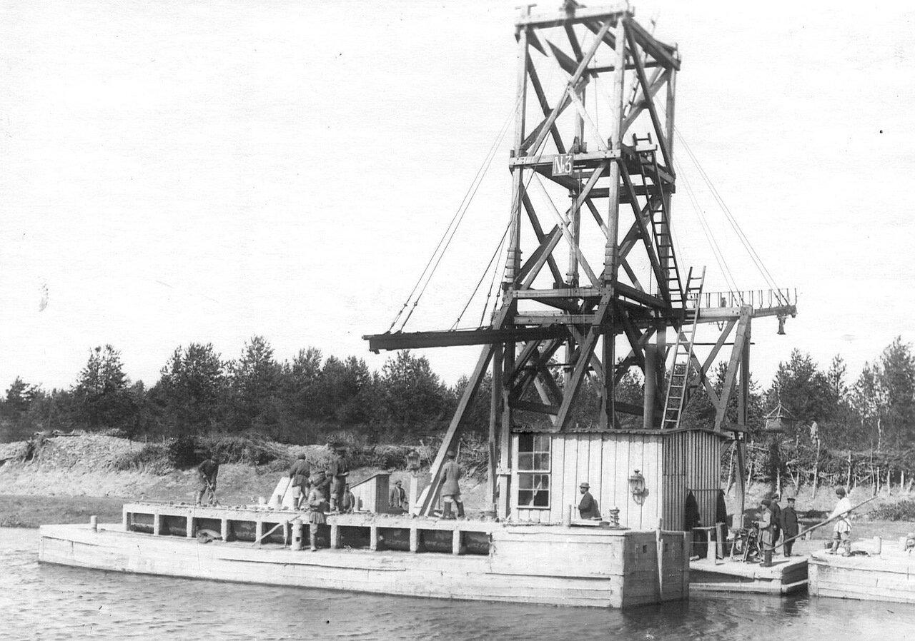 Работы по углублению Ладожского канала