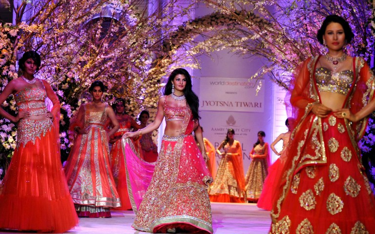 INDIA-ARTS-FASHION-BOLLYWOOD