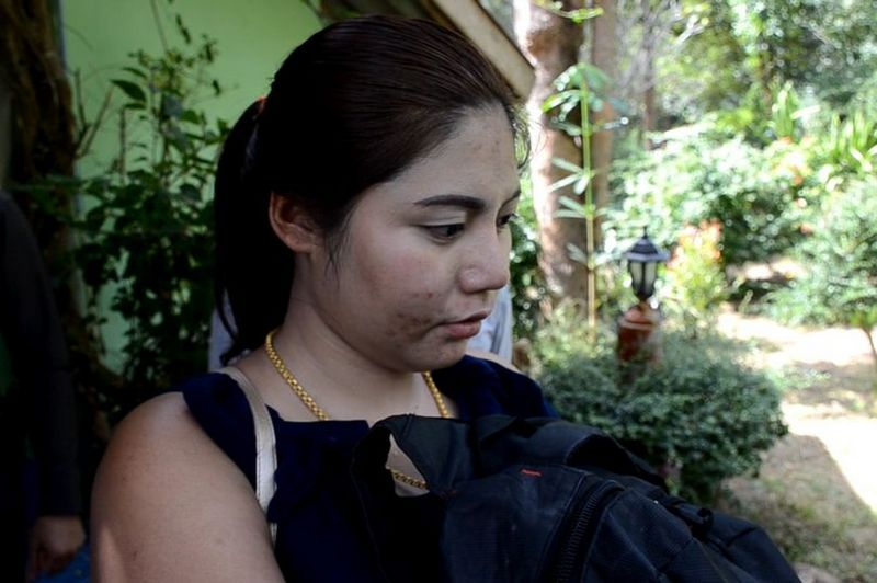 22-летняя жена зарезала 62-летнего мужа, когда нашла в его кармане презерватив