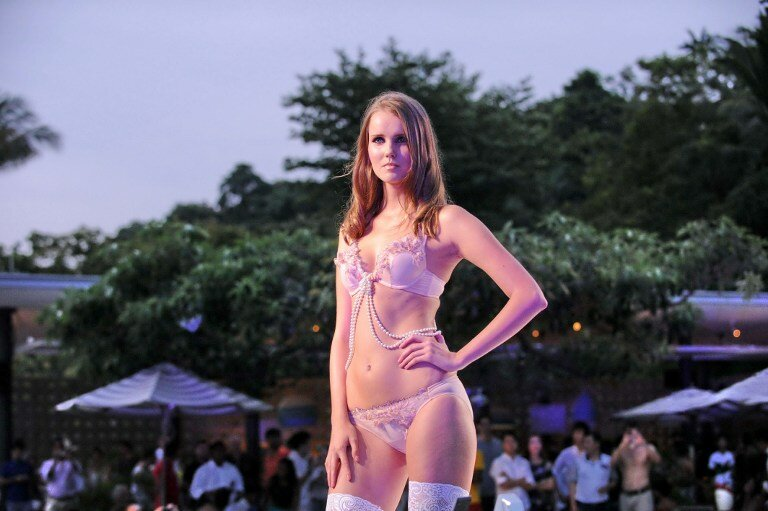 FASHION-SINGAPORE-BEACHWEAR-GNOSSEM
