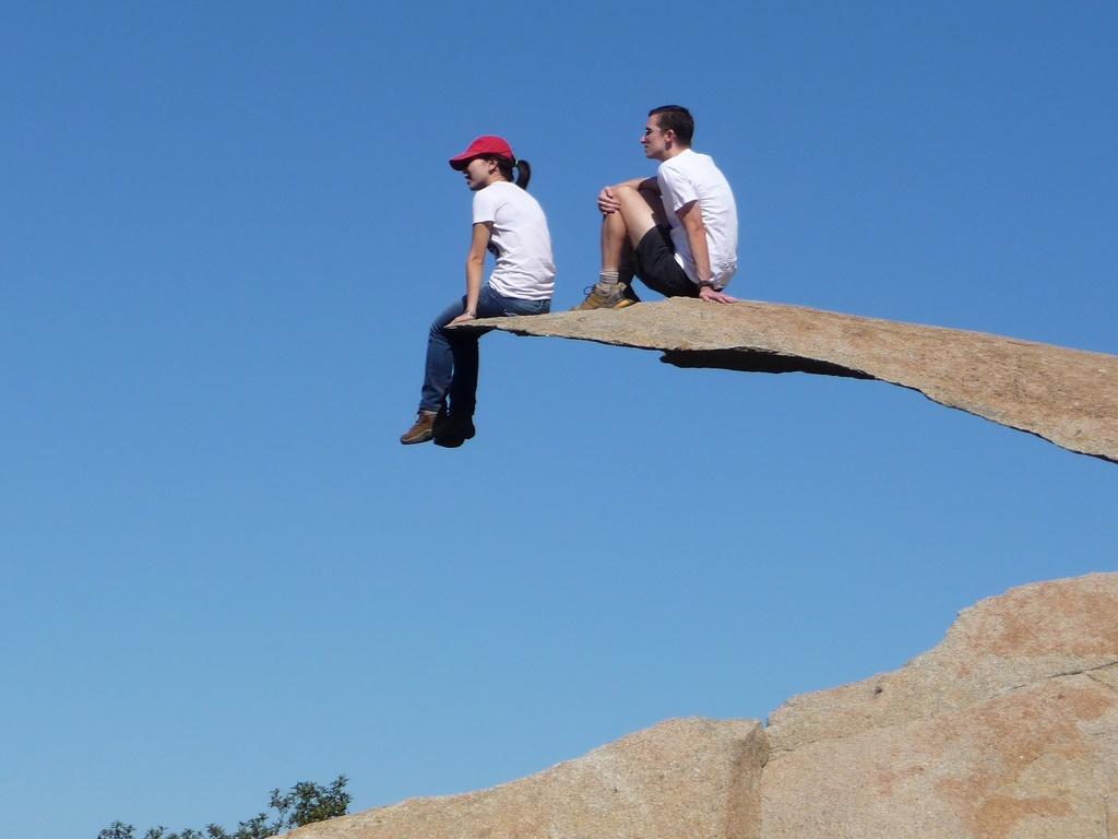 skala Potato Chip Rock - samoe strashnoe mesto v mire