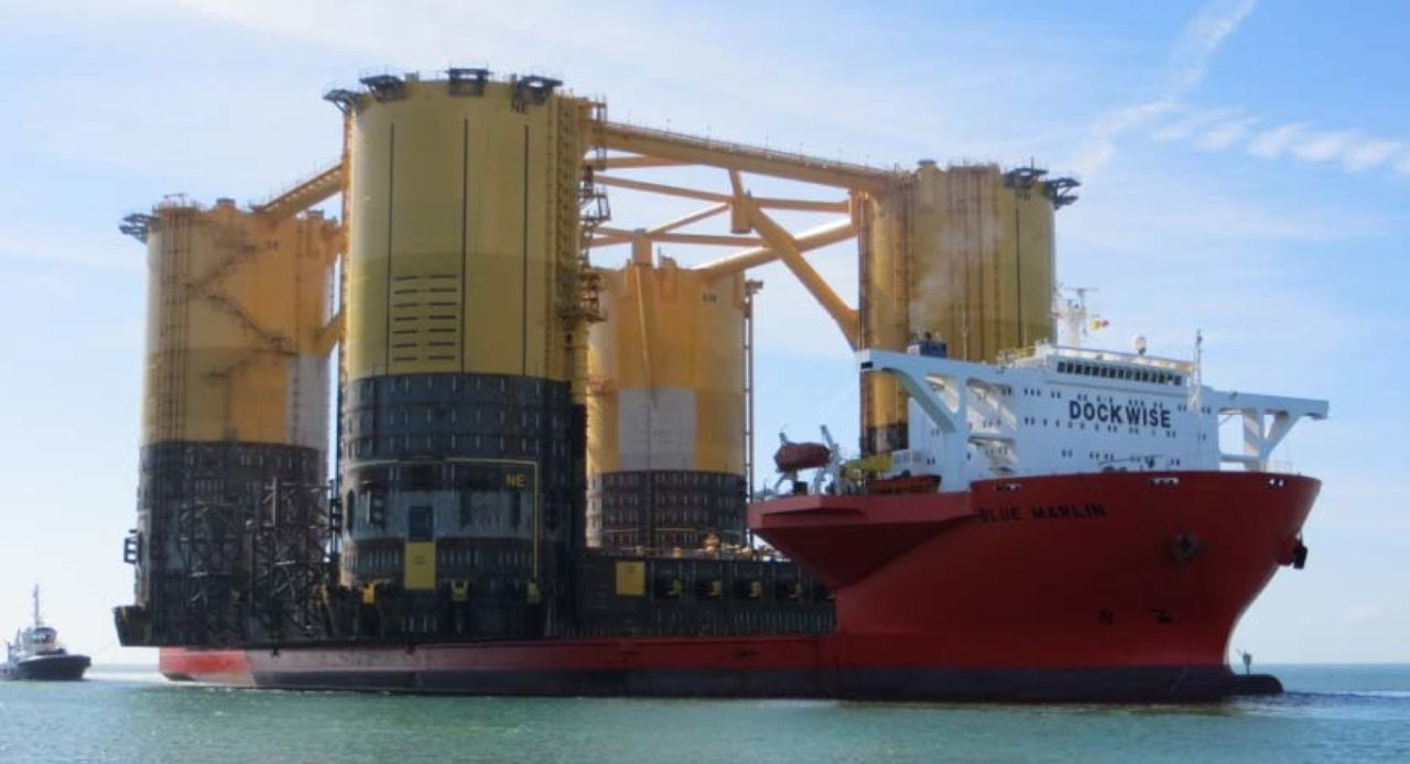 самые большие судна рефрижераторы в мире фото представил нам