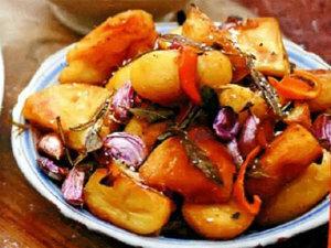 Как приготовить картофель в духовке со сливочным маслом