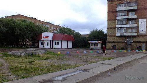 Фотография Инты №5016  Воркутинская 10, 12а и 12 10.07.2013_15:37