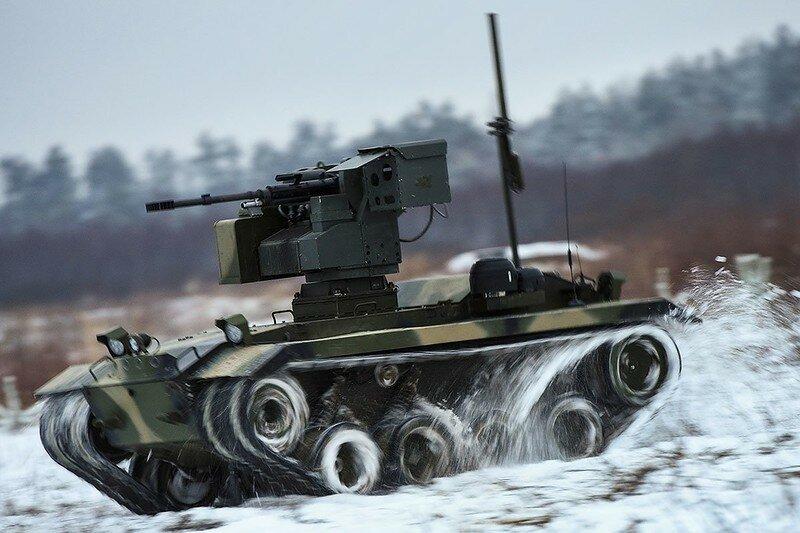0 17f83d 76e346b6 XL - Нерехта - боевой робот Красной Армии