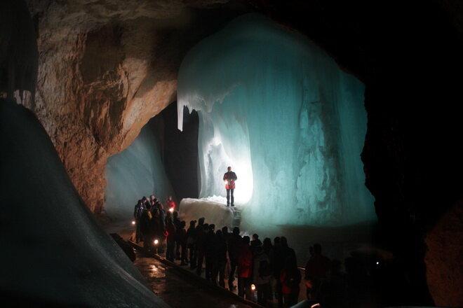 Ледяная пещера Айсризенвельт. Австрия